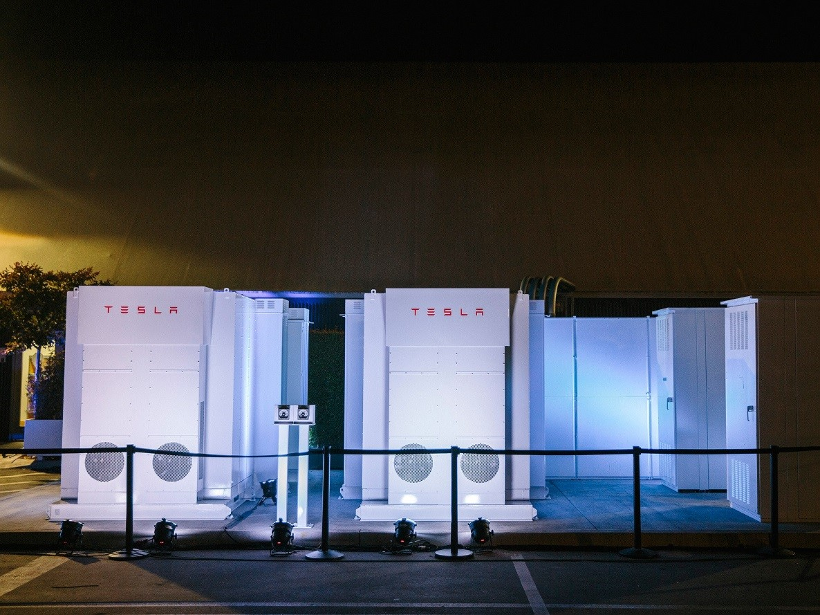 Elon Musk's Grand Plan to Power the World With Batteries Article
